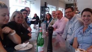 Gemeinsame Pause der Workshop-Teilnehmerinnen und -Teilnehmer
